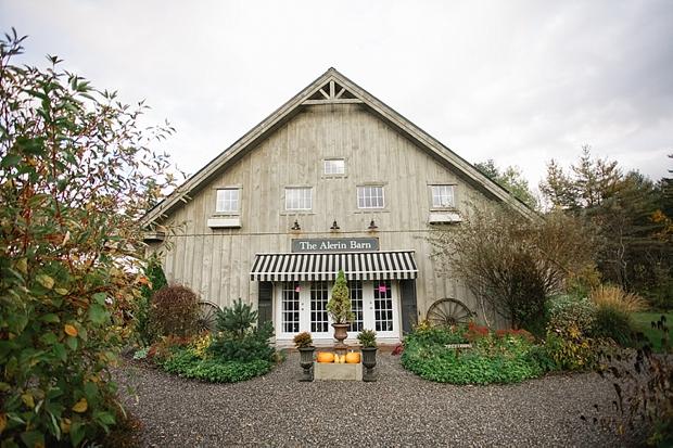 kentucky wedding photographer_The Alerin Barn